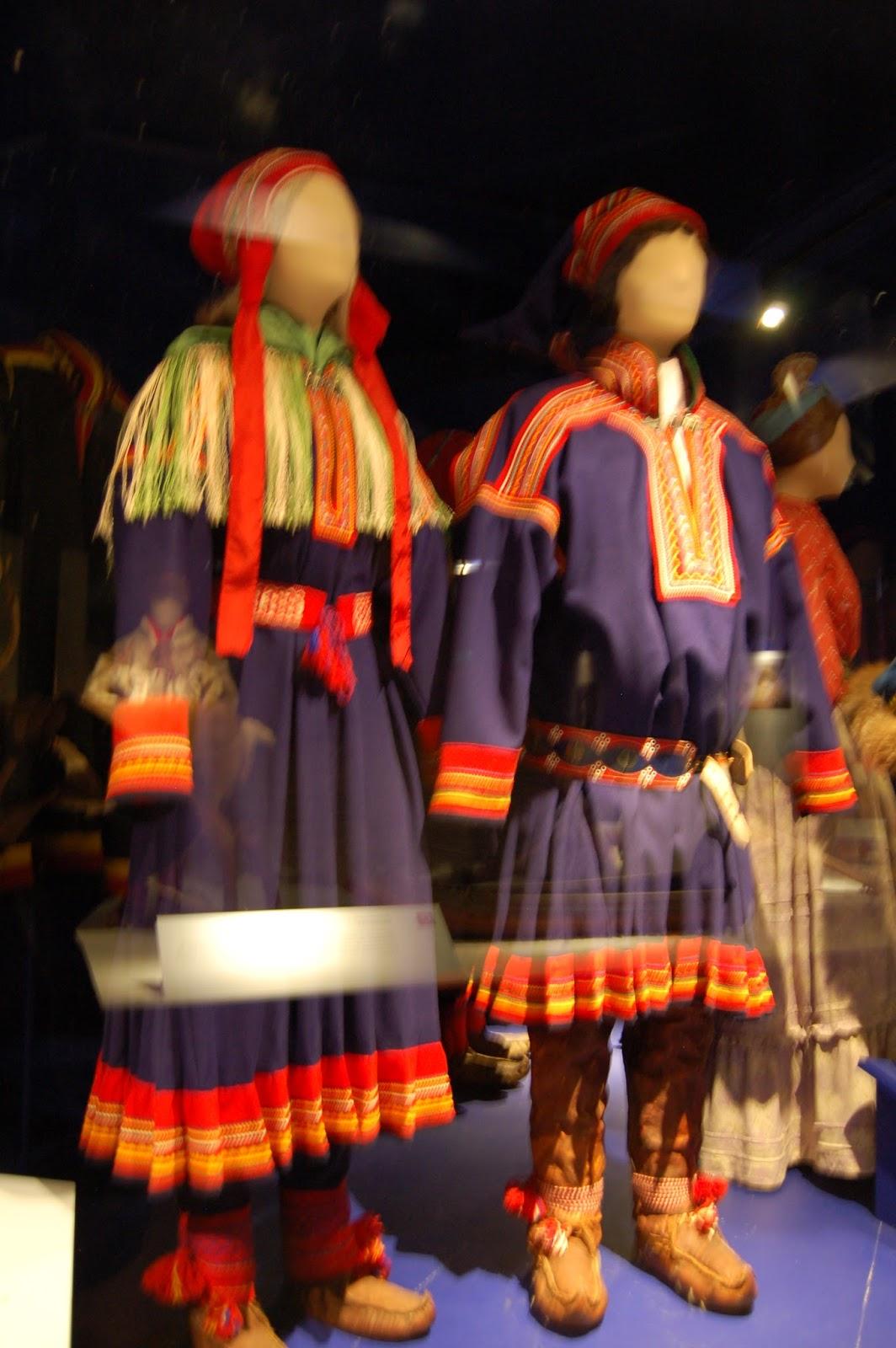 Samowie, Norwegia, ubiór