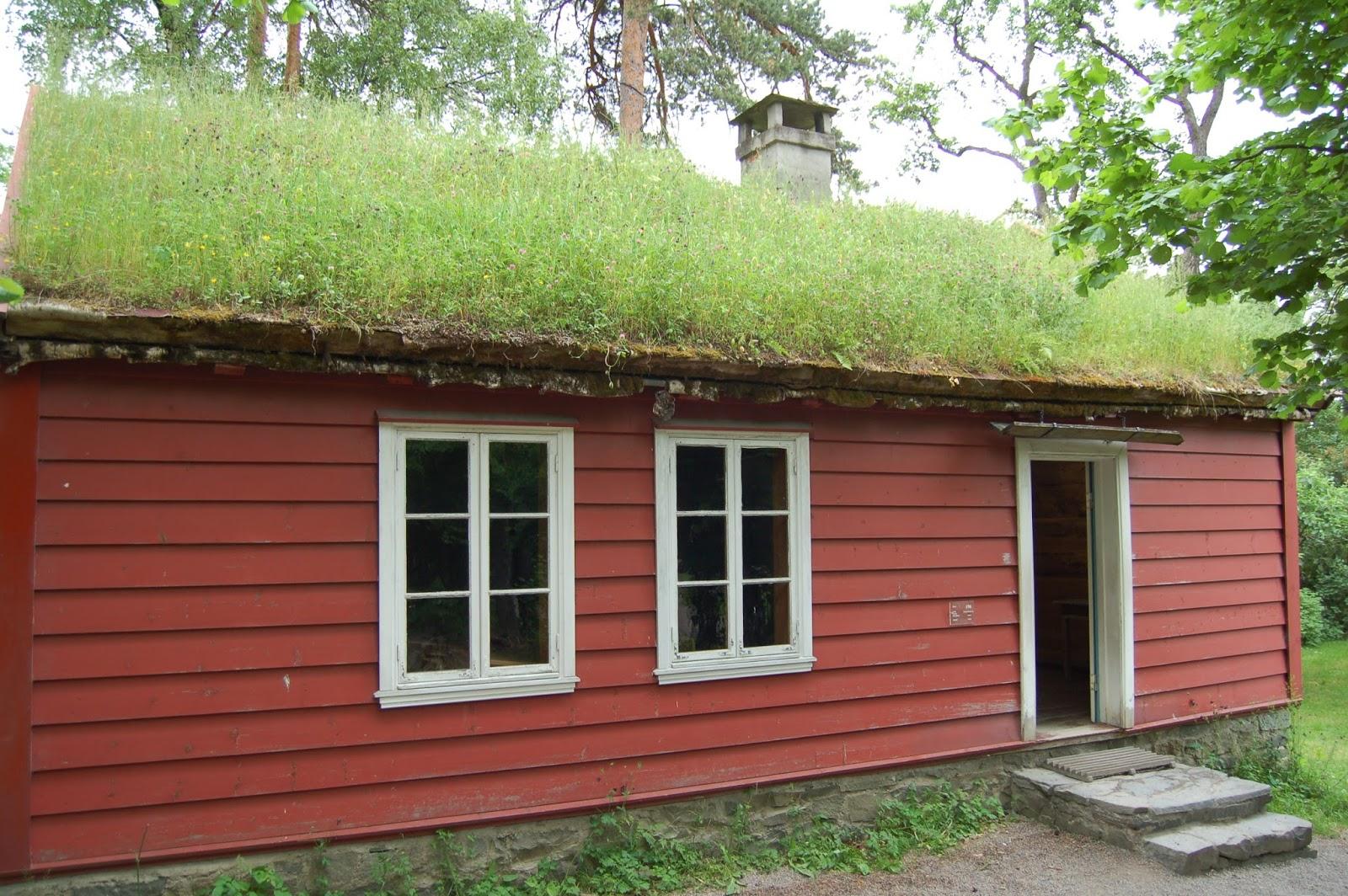 skansen w Oslo, farmy z zielonymi dachami