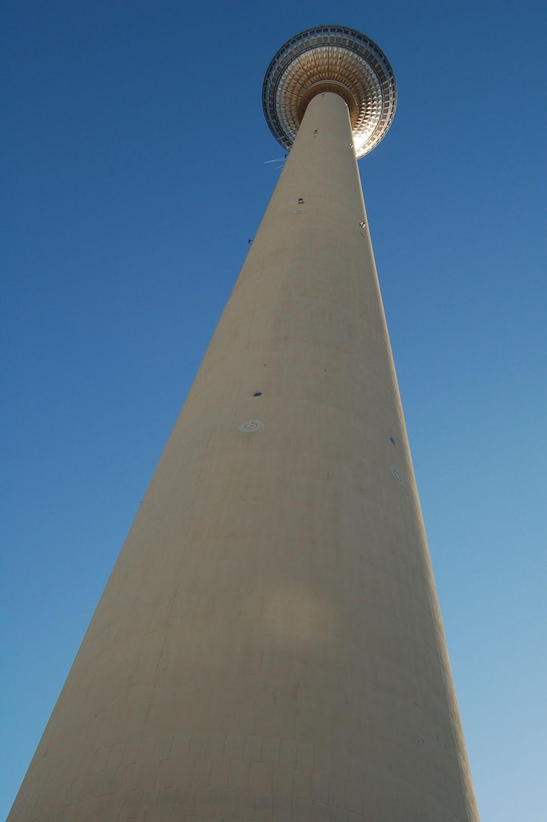 alexanderplatz, Berlin, wieża telewizyjna