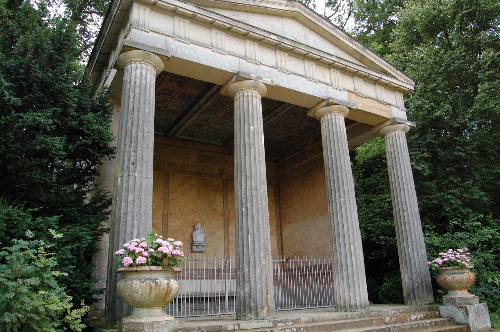 świątynia ku pamięci żony, Pfaueninsel