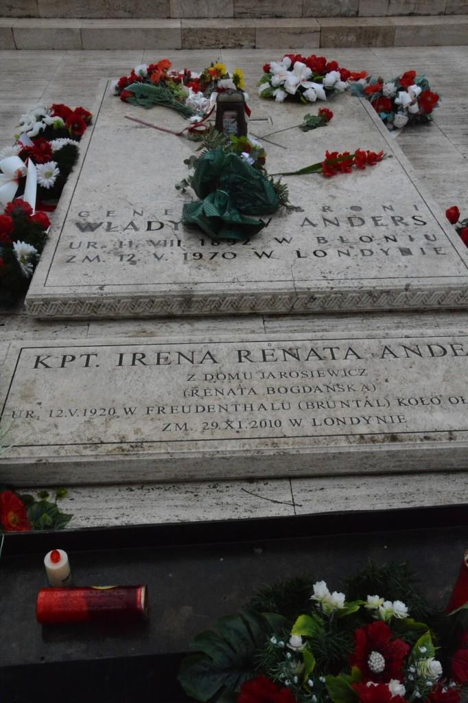 mogiła gen. Andersa, cmentarz Monte Cassino, Włochy