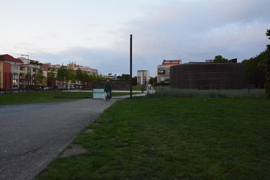 pomnik muru