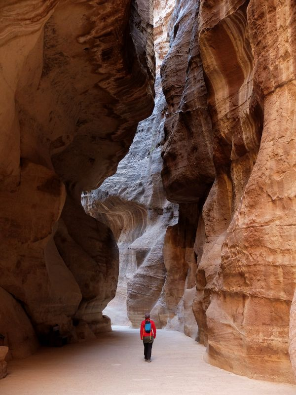 kanion w Petrze, siq, Jordania