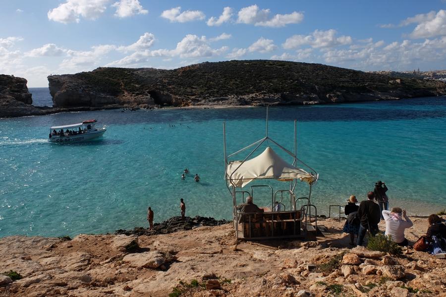 Comino – rajskie wody Blue Lagoon i trekking po wyspie