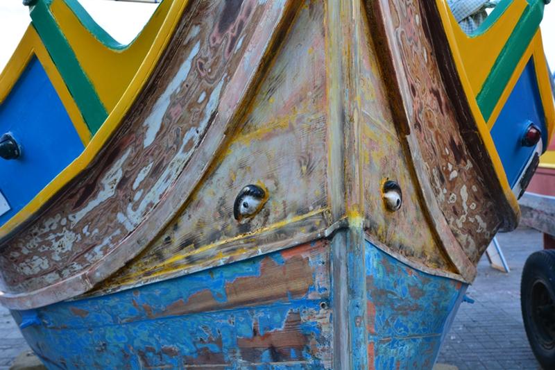 luzzu, Marsaxlokk, oko Ozyrysa