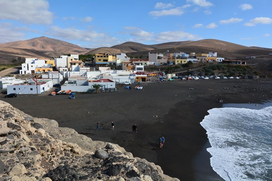 Fuerteventura plaże, czarna plaża w Ajuy