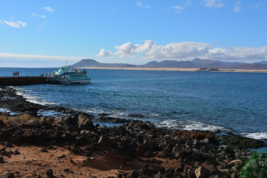 Wyspa Lobos – latarnia bez latarnika, skamieniałe mniszki i trekking