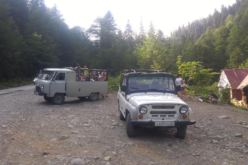 zorganizowane wycieczki po Abchazji