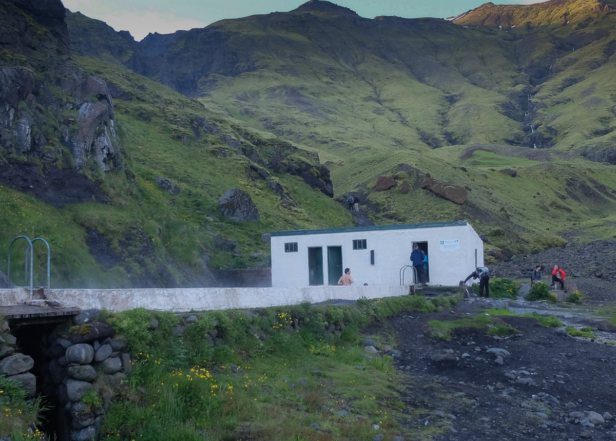 basen Seljavallalaug, Islandia gorące źródła