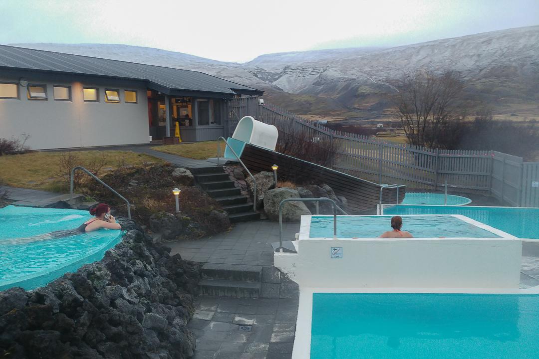 baseny termalne w Husafell, Islandia