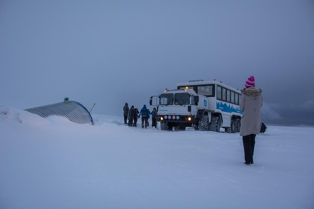 Langjökull – lodowy tunel wprost do serca lodowca