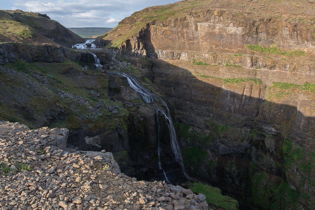 wodospad Glymur od zachodniej strony