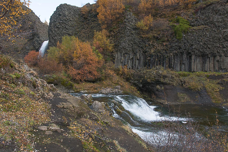 wąwóz Gjain i jego wodospady, rzeka Rauda, Islandia, Þjórsárdalur