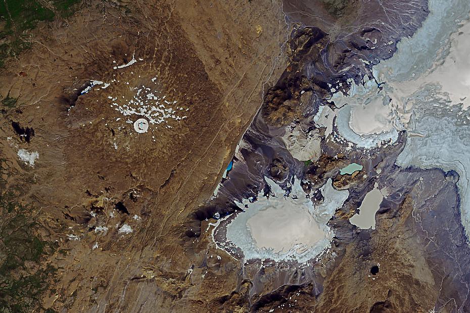 zdjecie satelitarne góry Ok z 2019 roku, Islandia, NASA