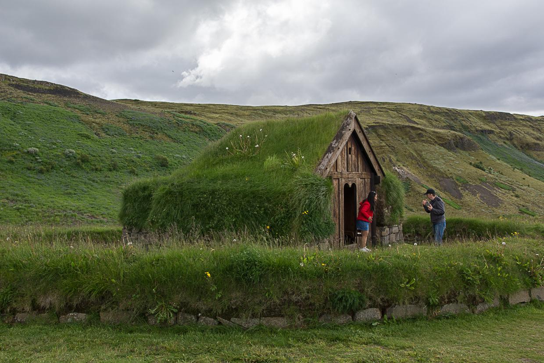 Þjóðveldisbærinn Stöng, kościółek torfowy, Islandia, Þjórsárdalur