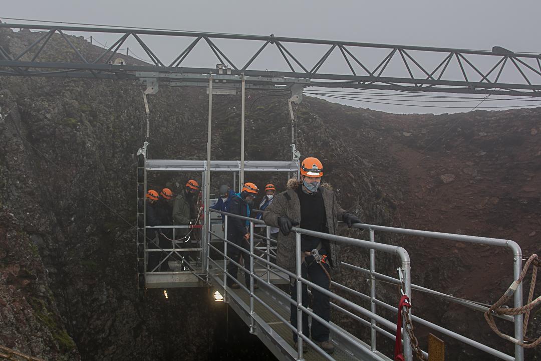 inside the volcano, wulkan Þríhnúkagígur, Islandia
